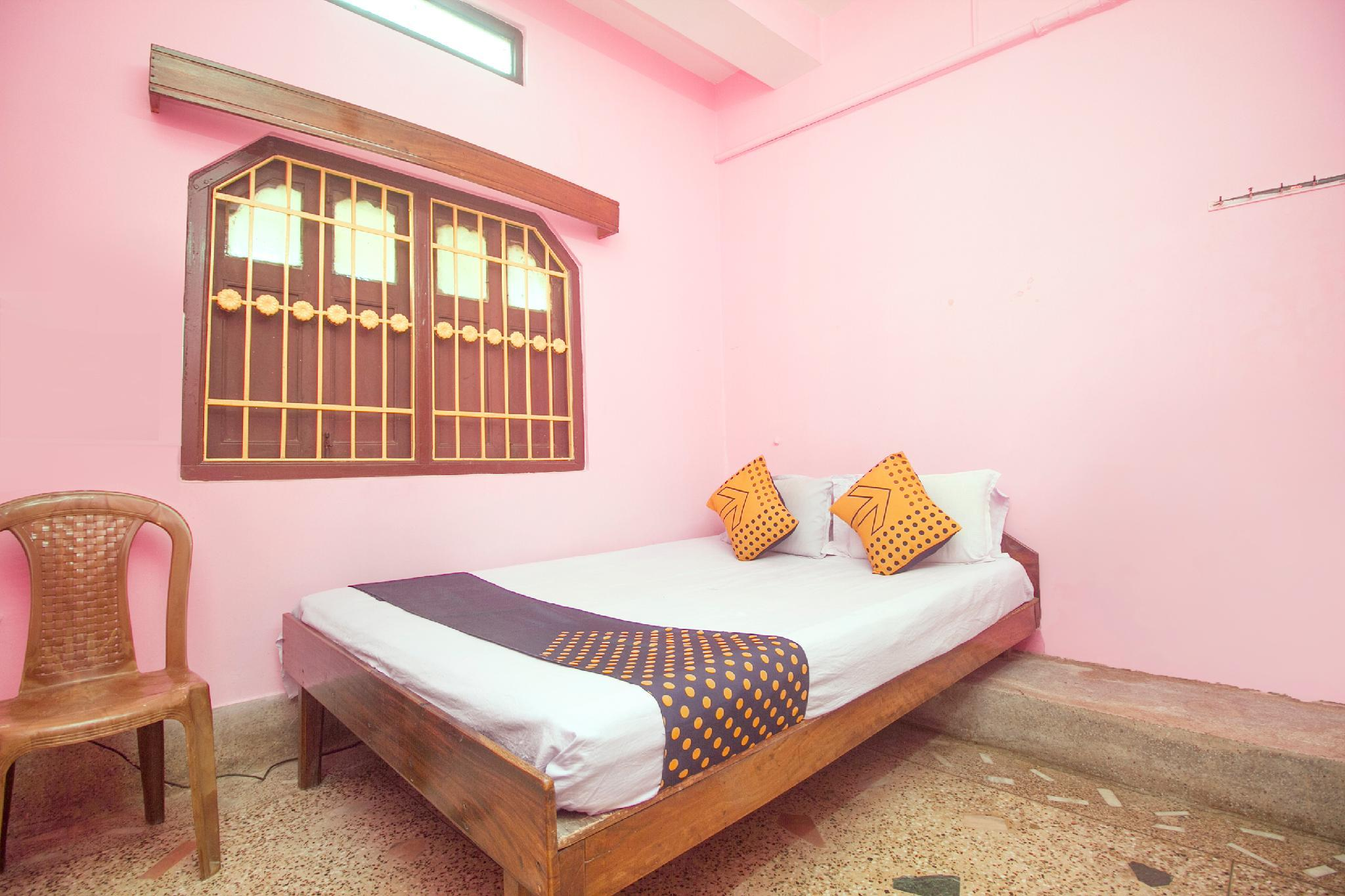 SPOT ON 65653 Hotel Dil