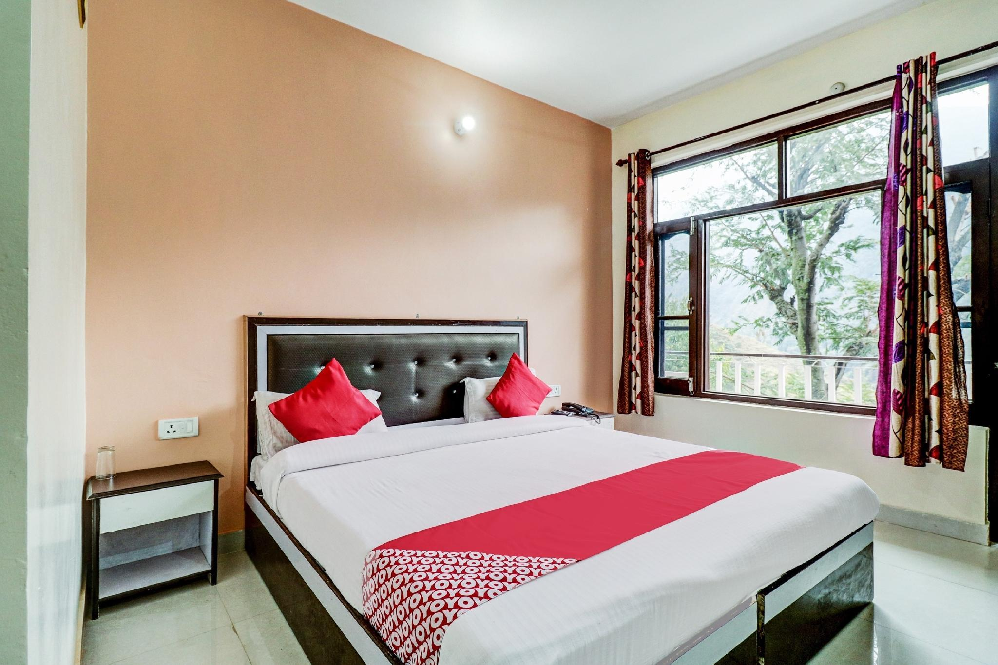 OYO 66006 Hotel Himalayan Paradise