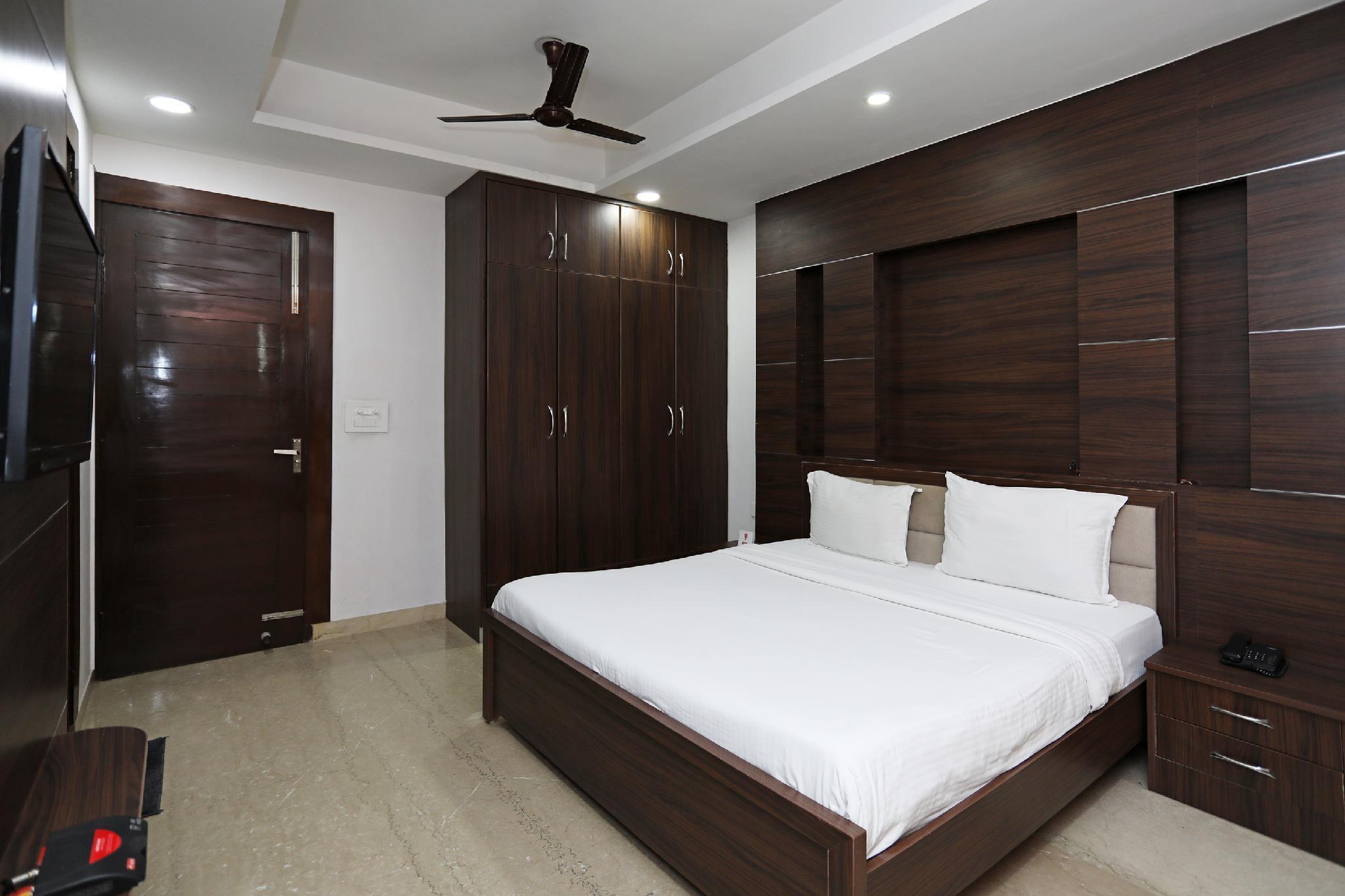 SPOT ON 66611 Hotel Sagar House