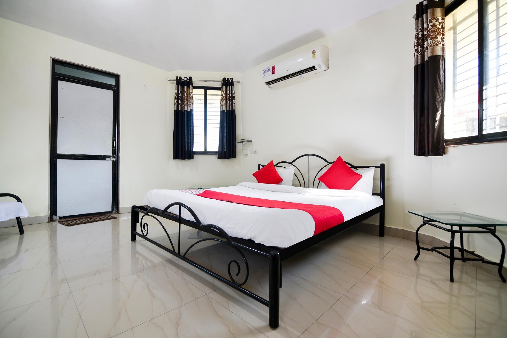 OYO 64475 Aayushi Resort