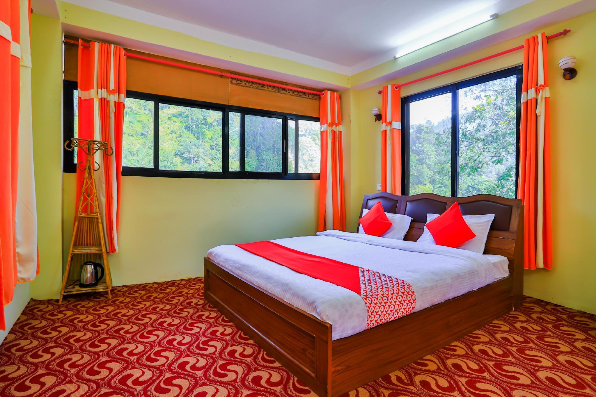 OYO 684 Hotel Melamchi River Side Inn