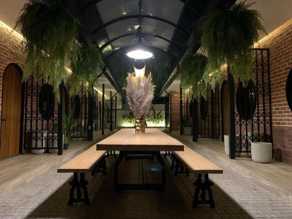 Stylish 11 Bedroom Villa Near ThongLo/ BTS Bangkok