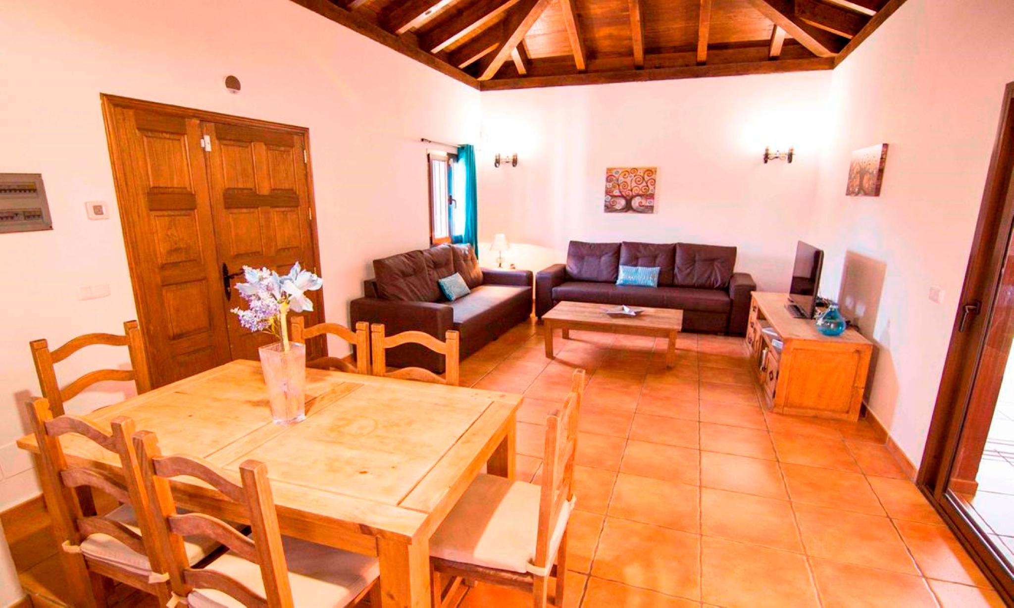 107457  Villa In Corralejo