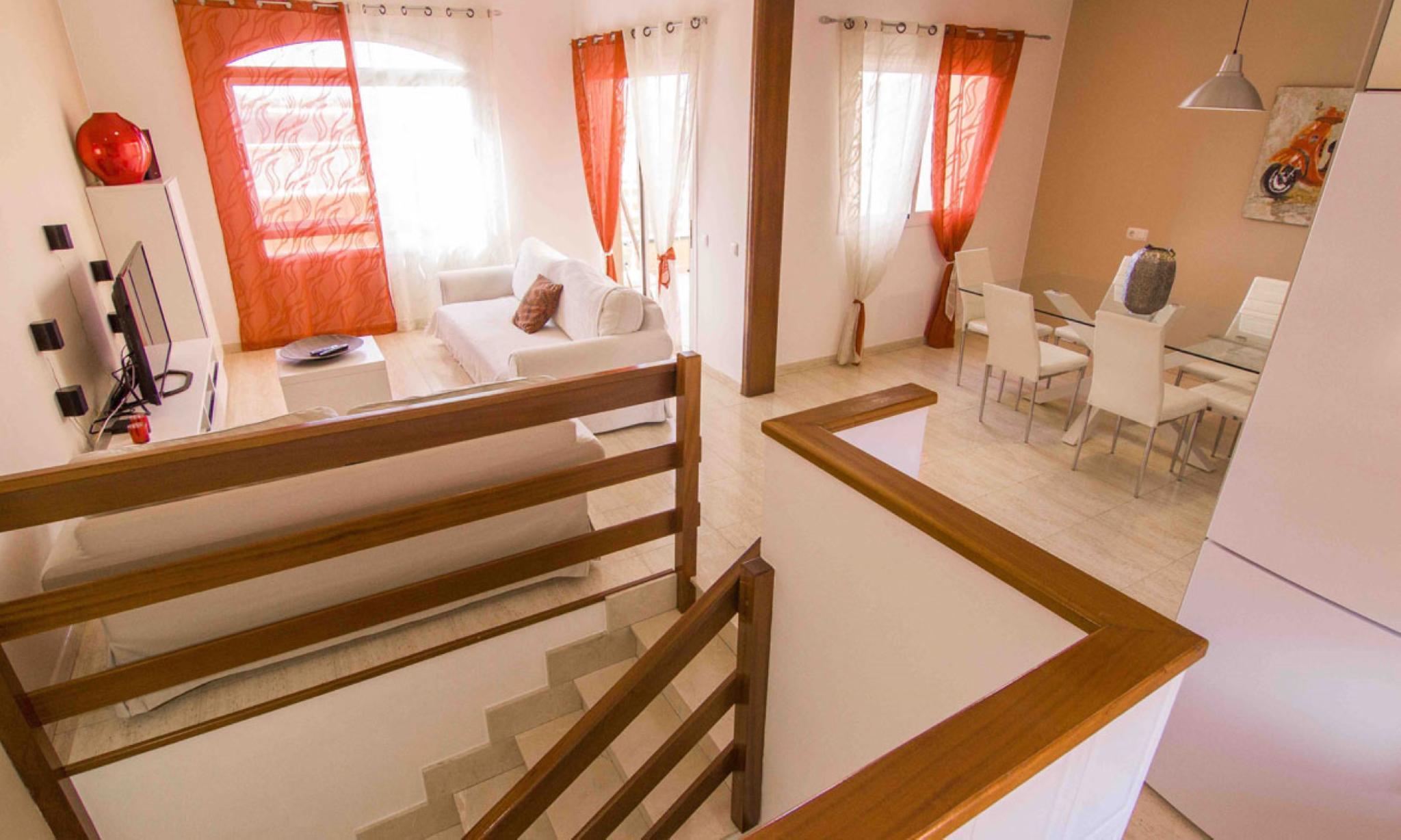 107477   House In La Oliva