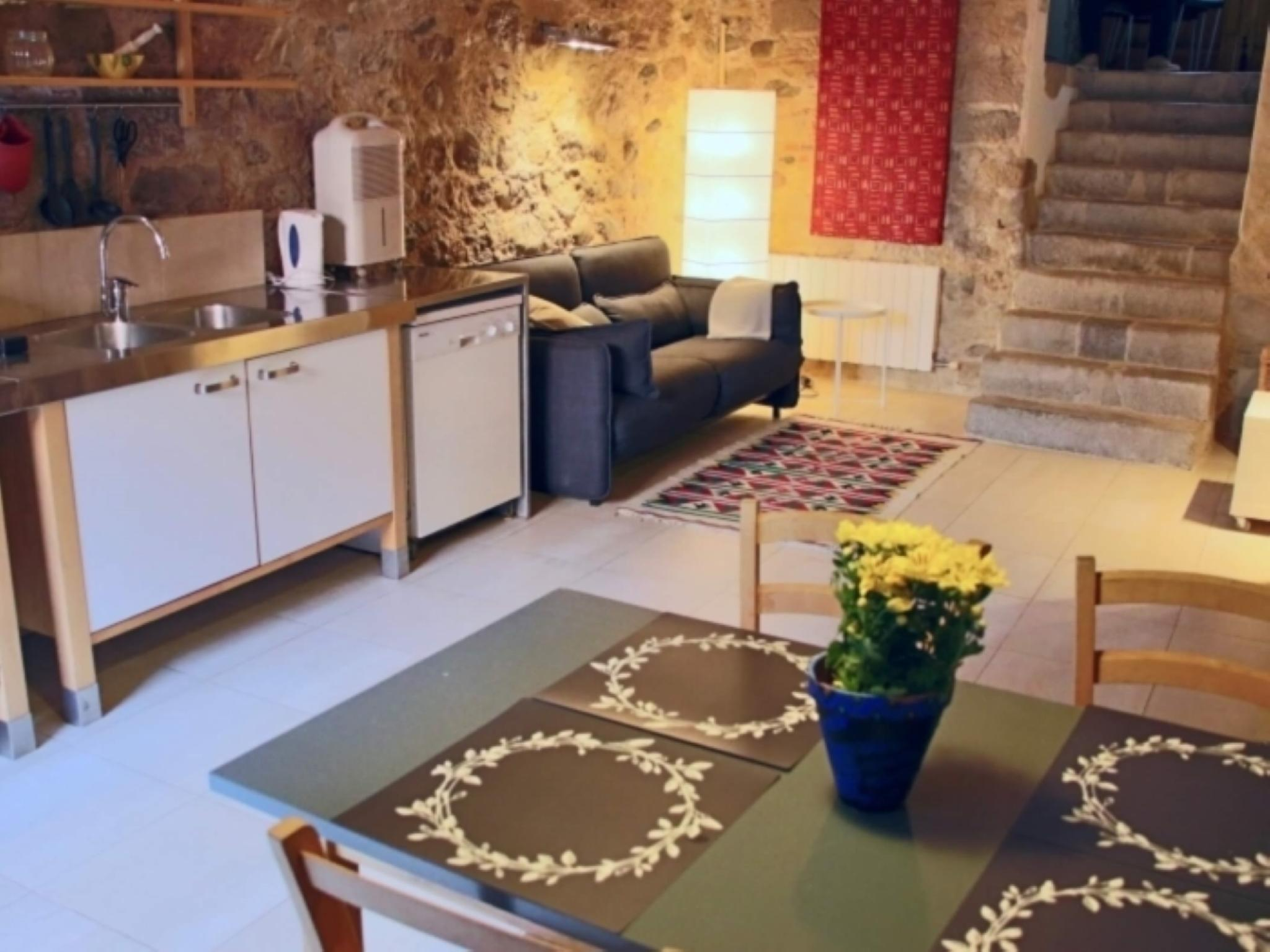 107187   Apartment In Girona
