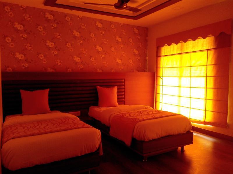 Hotel 24x7 Inn