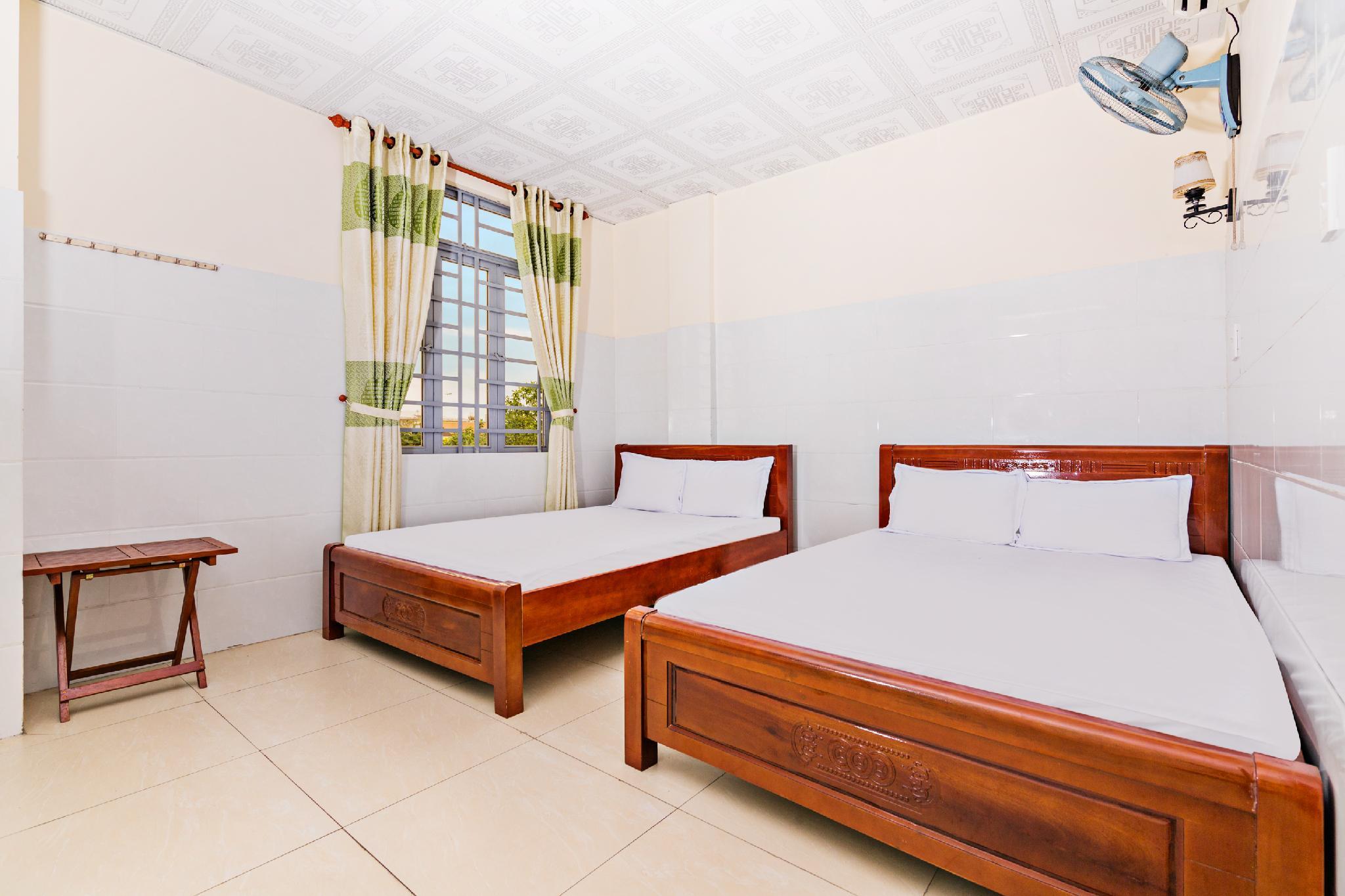 OYO 677 Ngoc Ly Hotel