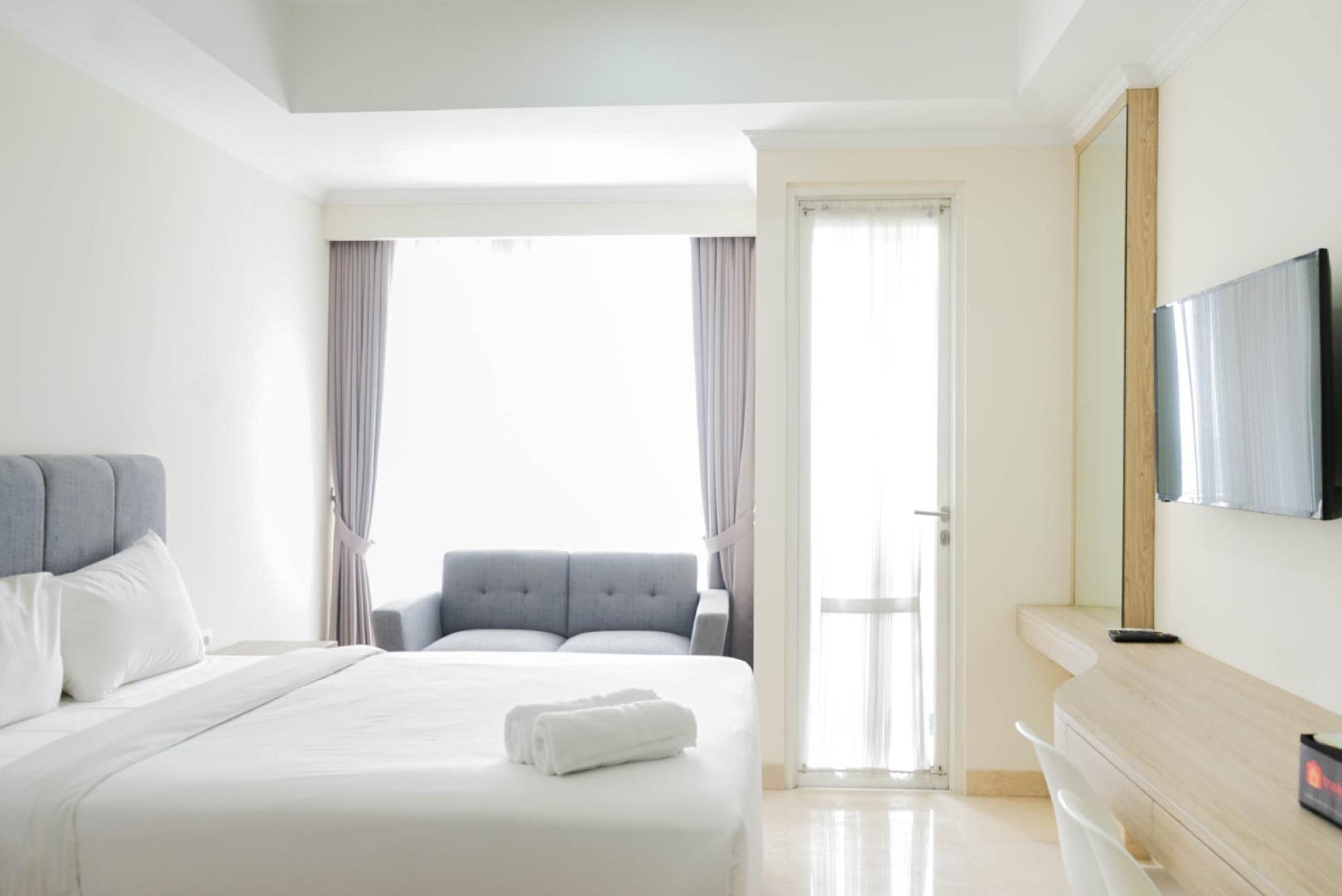 Homey Studio @Menteng Park Apartment By Travelio
