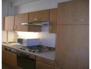 Rentbynight Aparthotel 5
