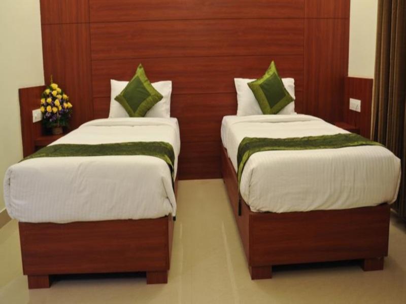 Discount Hotel Treebo Golden Castle