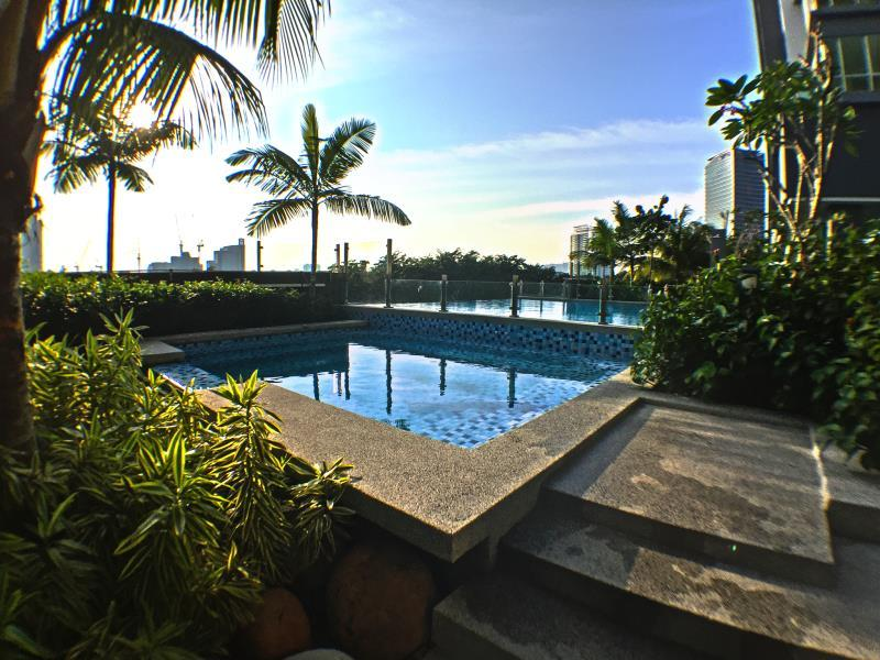 Chic Lifestyle Suites Glomac Residences