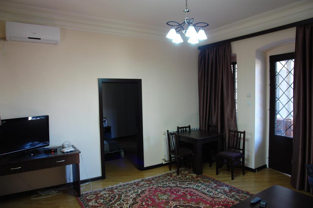 Cozy Apartment In Old Tbilisi