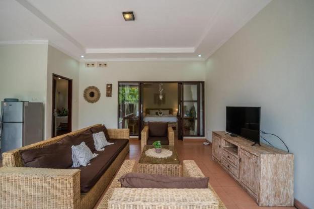 Cozy Villa at Canggu 2 bedroom & Private Pool