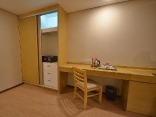 picture 3 of Jinjiang Inn - Makati