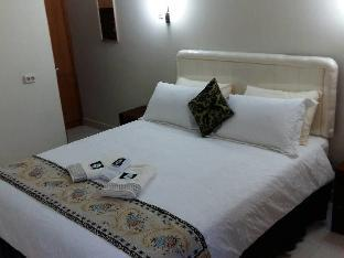 Whiterose Guesthouse