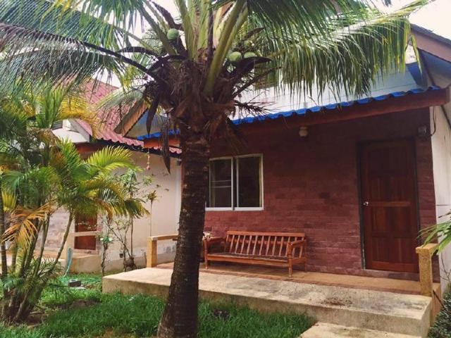 โคโคนัต บังกะโล – Coconut Bungalow