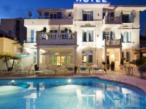 關於唐璜海灘飯店 (Hotel Juan Beach)
