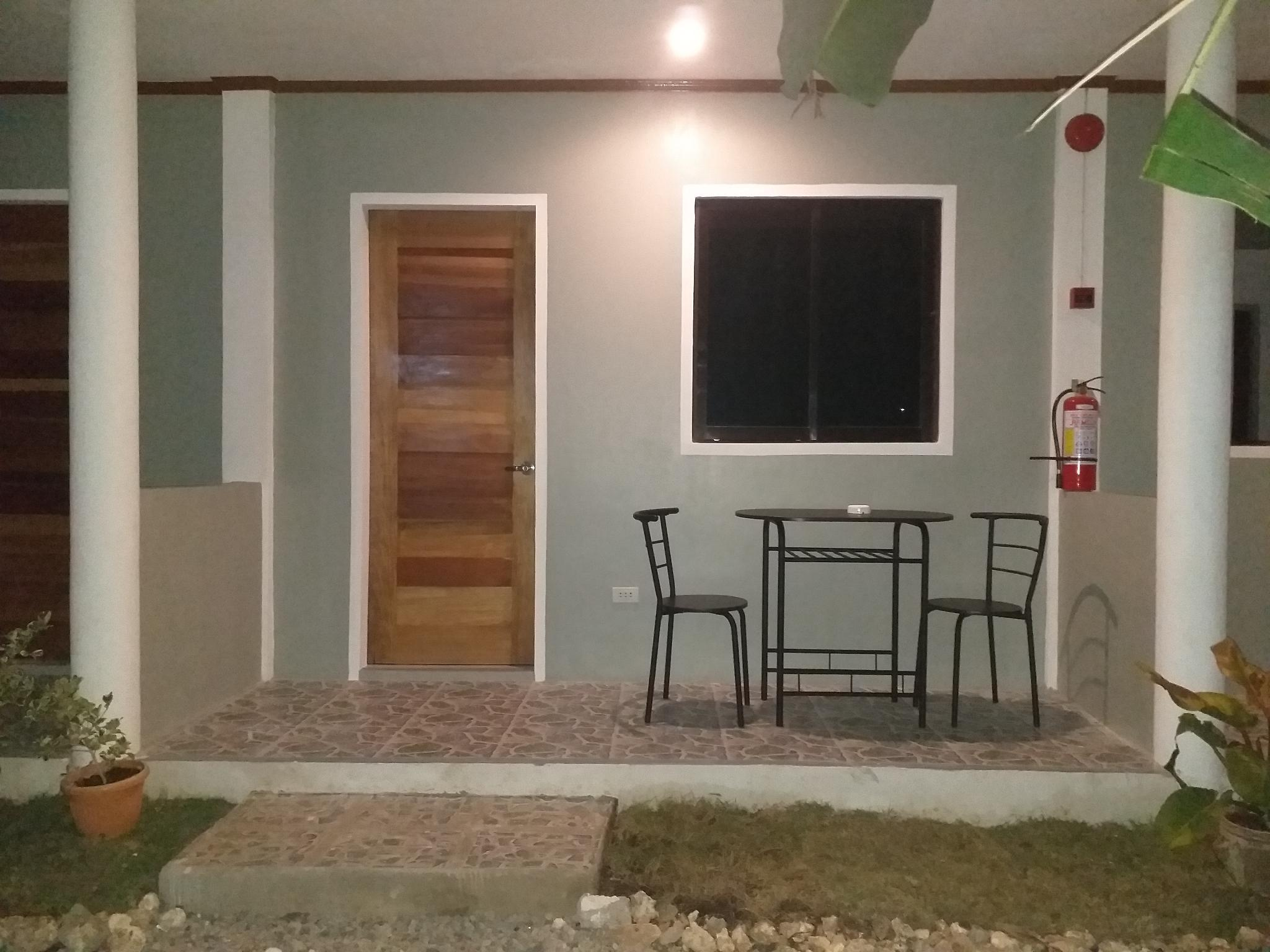 GREEN SPACE ROOM FOR RENT