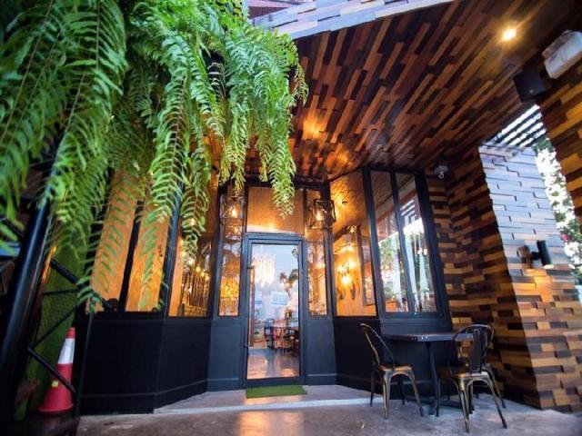 เบด ลอฟท์ คาเฟ่ – Bed Loft Cafe