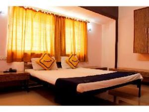 Vista Rooms @ Dabholkar Corner