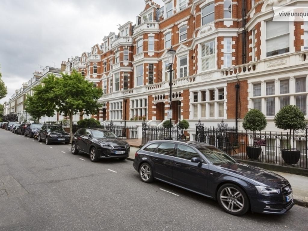 Veeve Two Bedroom Apartment in Earls Court