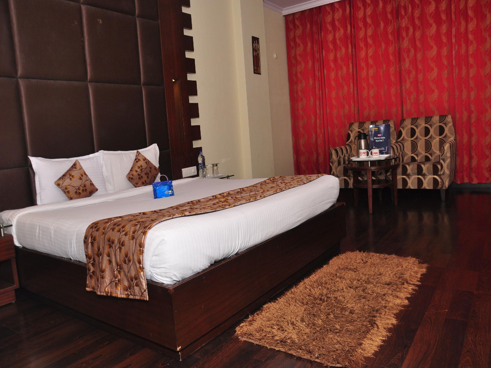 Discount OYO Premium ISBT Tutikandi Shimla