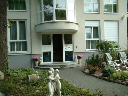 Hotel Und Appartementhaus Rheden