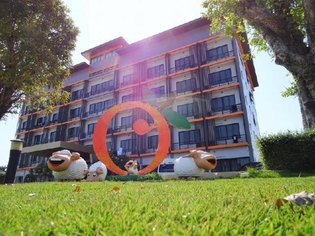 โรงแรมส้มโอเฮ้าส์ – Som O House Hotel