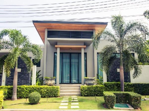 Baan Bua 3 Bdr Villas near Nai Harn Beach Phuket