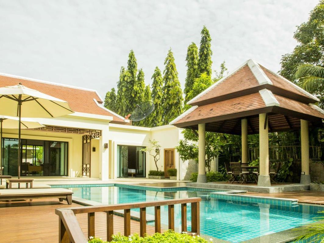 Lake View 3 Bdr Baan Bua Villas เลค วิว 3 เบดรูม บ้านบัว วิลลา