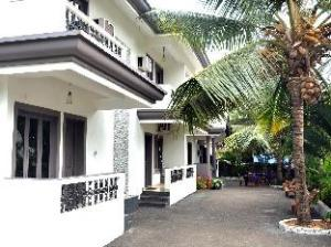 Cotas Guest house MKT by Adore