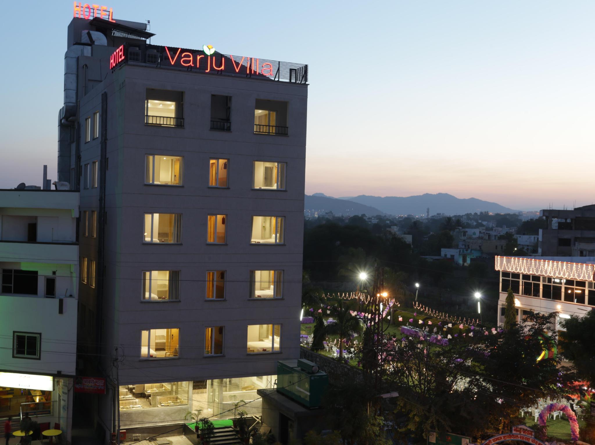 Hotel Varju Villa
