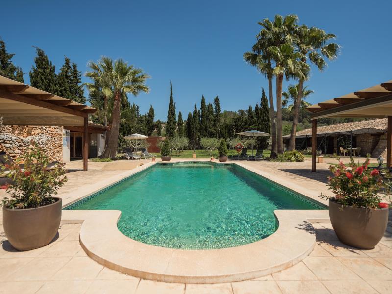 Luxurious Land Hotel Hort De Son Caulelles Adults Only