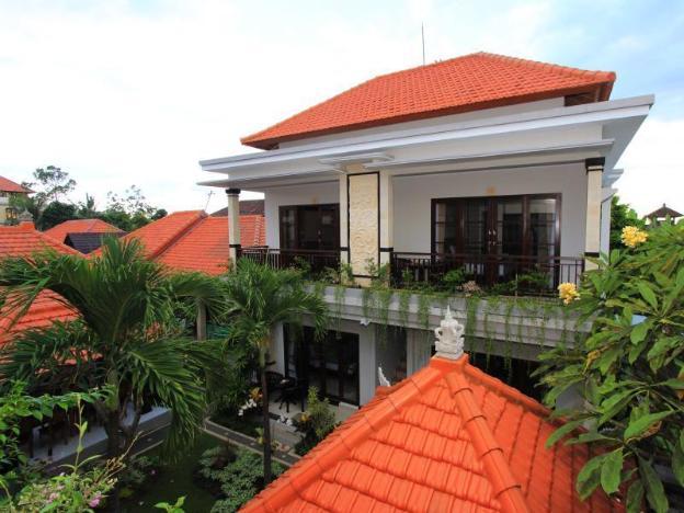 Gatra Ubud Inn