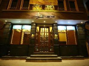 Xenious Ics Hotel