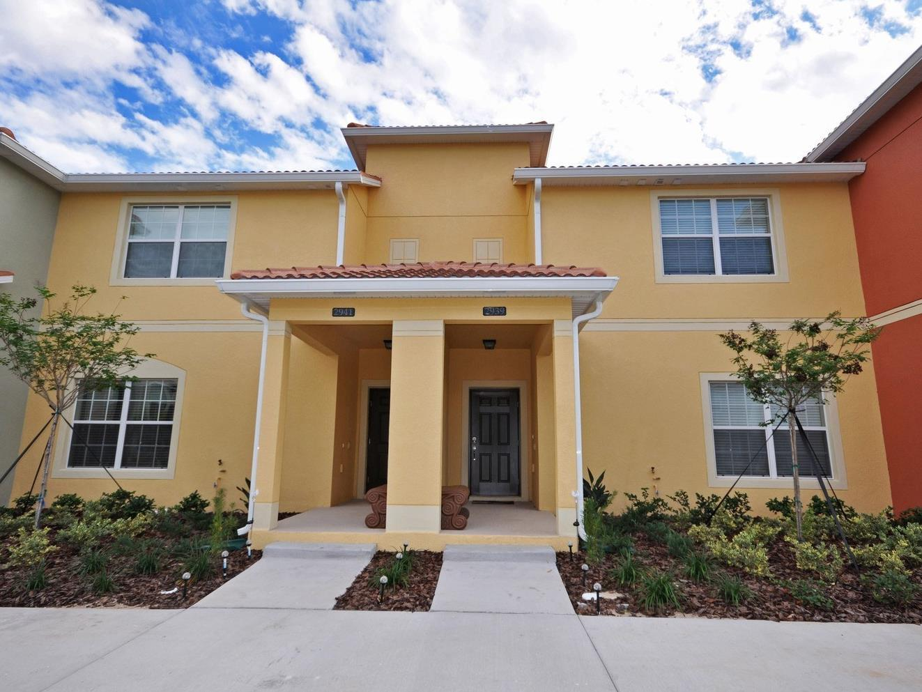 Dpm-085 4 Bed 3 Bath Townhouse In Paradise Palms