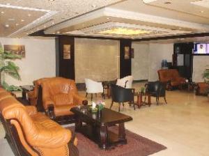 Rest Hills Hotel