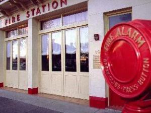消防旅馆酒店 (Fire Station Inn)