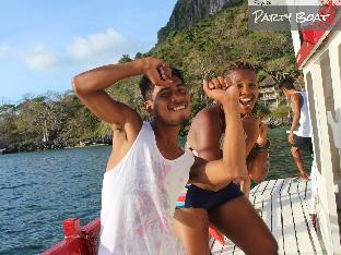 picture 3 of El Nido Party Boat Expeditions