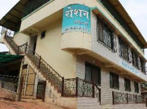 Hotel Roshan Residency