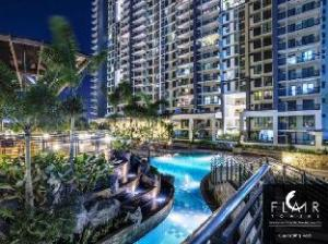 弗莱尔塔公寓 (Flair Towers Condominium)