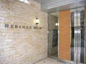Ocean Partners Rebanga Namba Apartment
