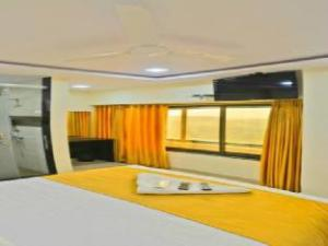 Hotel Ascot International
