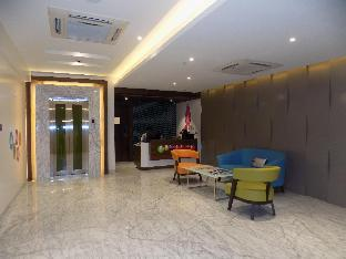 Фото отеля ZIBE Hyderabad by GRT Hotels
