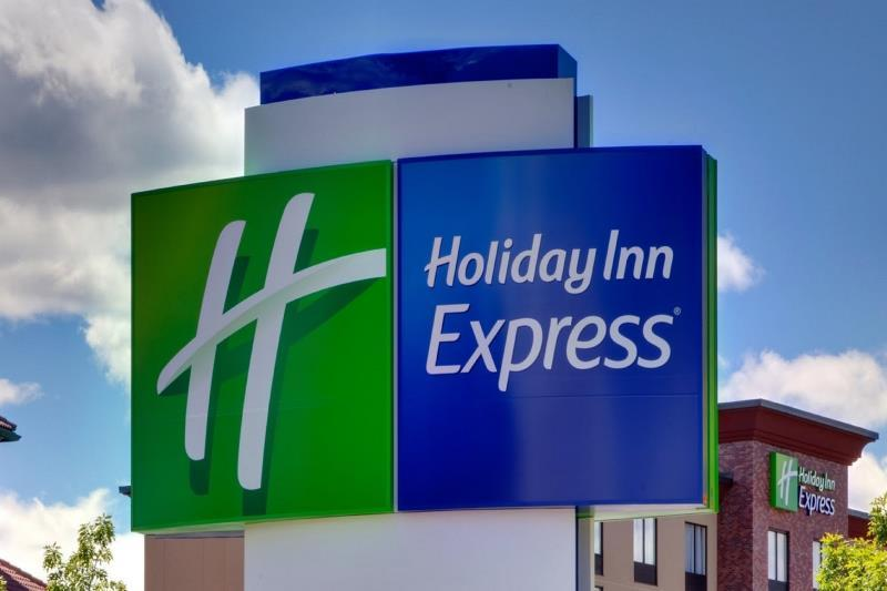 Holiday Inn Express And Suites Rock Falls