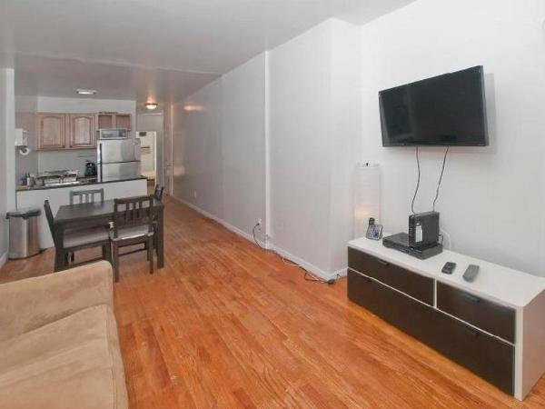 Spacious 2 Bedroom Apartment Times Square New York