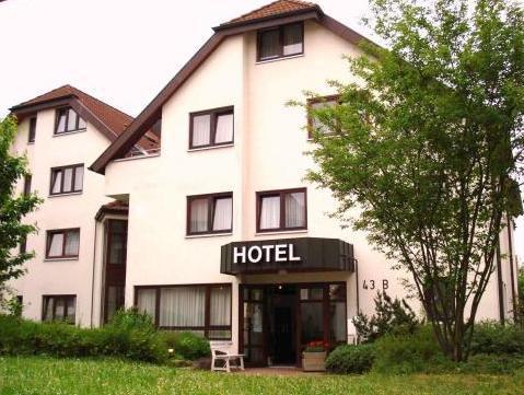 Hotel Flora Mohringen