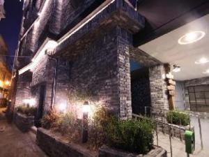 画廊酒店 (Gallery Hotel)