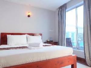 Platinum Hotel II