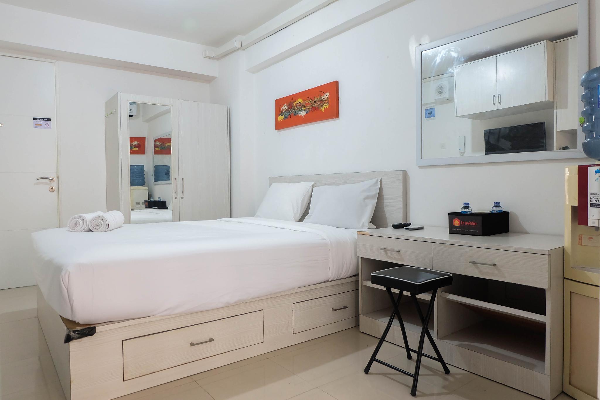 Tidy Studio Apartment At Bassura City By Travelio